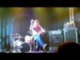 *Language Warning* Puddle Of Mudd SPLIT - Lead Singer Wes Scantlin Breakdown At Doncaster