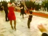 Kid And Hottie Dance