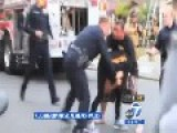 Caught On Camera : San Diego Police Officer Violently Pulling Womans Hair