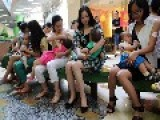 30 Women Breastfeed Babies In Mall