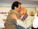**BOLLYWOOD SUPER STAR GAY** Dharmendra Kisses Politician Ram Jethmalani Publicly