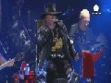 'Enthroned' Axl Rose Rocks In AC DC Debut In Lisbon