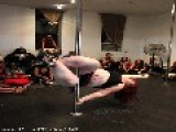 29 Yo US Woman Becomes World's Heaviest Pole Dancer