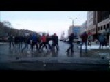 Russian Gangs Started Boxing In The Middle Of The Road
