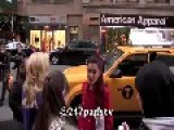 Ariana Grande Gives Homeless Guy 20 Dollars And He Jumps With Joy