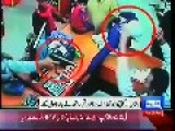 *Robbery In Pakistan* 2 Masked Men Rob Jewellery Store - Caught On Tape