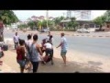 Thailand, Fighting On The Sidewalk