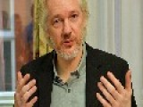 Assange Sneaks Into US Conference... As Full-body 3D Hologram! VIDEO