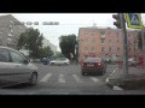 Accidents At Russian Intersection: 3 For 1 !