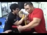 Arm Wrestling Small Guy Vs Big Guy