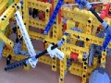 Amazing Mechanical Loom Made From LEGO's!