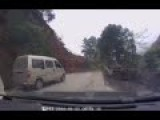 Alert Chinese Driver Escapes Landslide