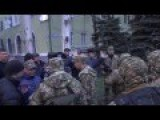 Armed Men Invade Kramatorsk Eastern Ukraine Government Building!