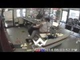 Angry Customer Gets Beat Up By Store Owner