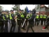 Anti Islam Protestors Get Involved In Vicious Fights In Melbourne