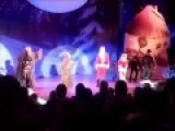 Brainwashing Russian Kids At New Year's Concert: USA Is Bad, Russian Nuclear Missiles Are Good