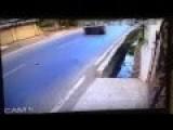 Bike Accident Caught On CCTV In Vasai 30-04-2015