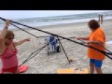 Busted! Two Women Caught Stealing A Canopy On The Beach, Then Attack!