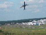 Boeing 787 Dreamliner Performs Nearly Vertical Takeoff
