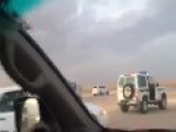 Brave Saudi Citizen Stops A Truck Escape From Checkpoint On Foot !