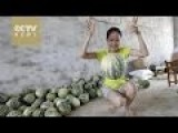 Chinese Unbreakable Watermelon Can Bounce Like Ball
