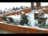 Criminal Attacks Prosecutor In Crazy Courtroom Brawl