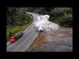 CCTV-Biggest Truck Crash In Brazil