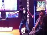Crazy Guy Dancing!