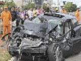 Car Hits Rear Of Bus In Brasilia - Brazil - 1 Dead