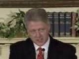 Clinton Denies Having Sex With Mrs. Lewinsky Flash Back