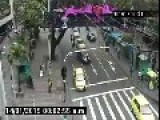 Colombia - Car Runs Over Traffic Policeman 14 01 2015 CCTV