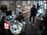 CCTV - Munich, Germany - 3 Robbers In A Jeweler Shop - Failed!
