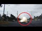 Dramatic Moment A Huge Lightning Strike Hits A Car In Melbourne