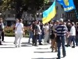EU Democracy In Ukraine: Nazi Mob Beats A Single Man
