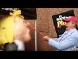 Former President Of Mexico Attempts And Fails To Smash A Trump Piñata