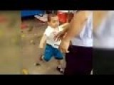 FULL VIDEO: Toddler Picked Up Steel Pipe To Defend His Grandma From ‪China‬'s Urban Management Force