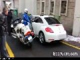 Female Asian Driver Going The Wrong Way Down One Way Street Vs Korean Policeman