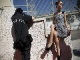 Female Prison Hosts Inmate Fashion Show