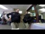 Guy Tries To File Complaint At Sheriffs Office
