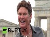 Germany: Super Lifelike David Hasselhoff Statue Erected To Mark 25th Berlin Wall Anniversary
