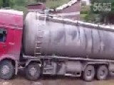 Gas Truck Accident Caught By Camera