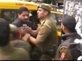 How Indian Cops Makes An Arrest!!