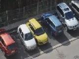 How Blonds Park Cars