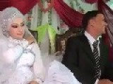 HAPPY SNAKBAR BRIDE
