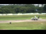 Incredibly Skilled F22 Pilot Makes A Touchdown With Only Two Wheels