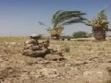 Iraqi Solder Hits A Target By Looking At A Mirror