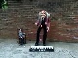 Juggling Piano Player