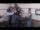 Kurds Getting Beaten Up By Turks In Brutal Frankfurt Street-fight: Knives & Bottles Brandished
