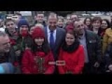 Lavrov Greeted As Hero On Belgrade's Streets