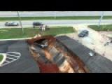 Mississippi Sinkhole Devours Cars